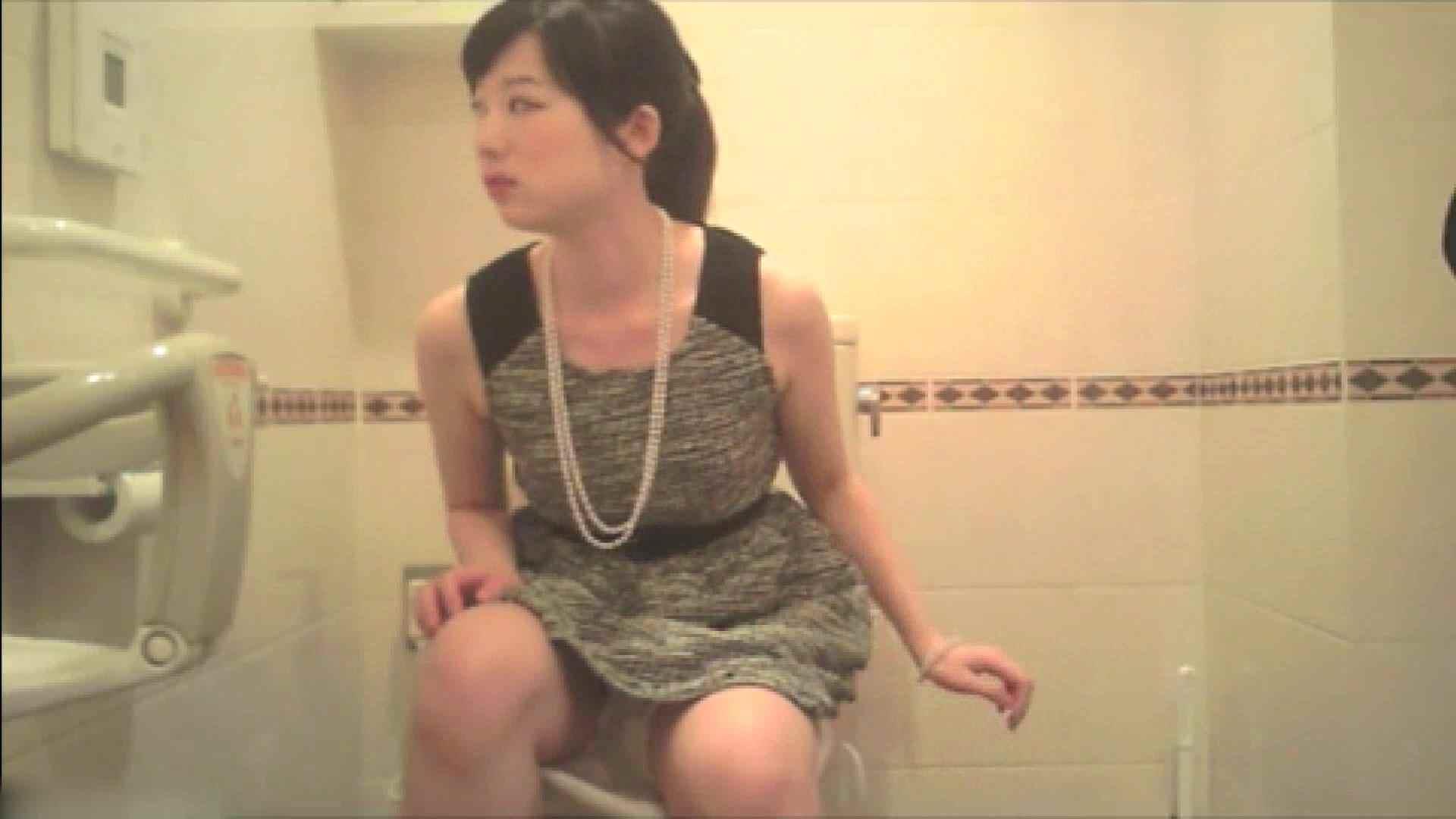 実録!!綺麗なお姉さんのトイレ事情・・・。vol.17 洗面所  68枚 66
