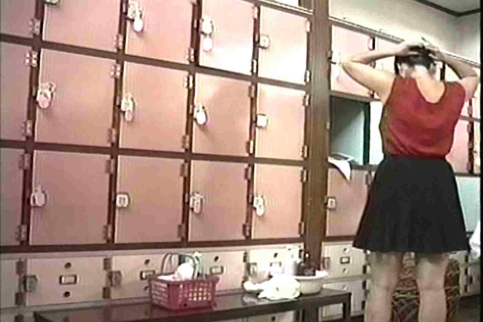 女性だからここまで撮れた 脱衣所盗撮 TK-96 女子風呂  55枚 10