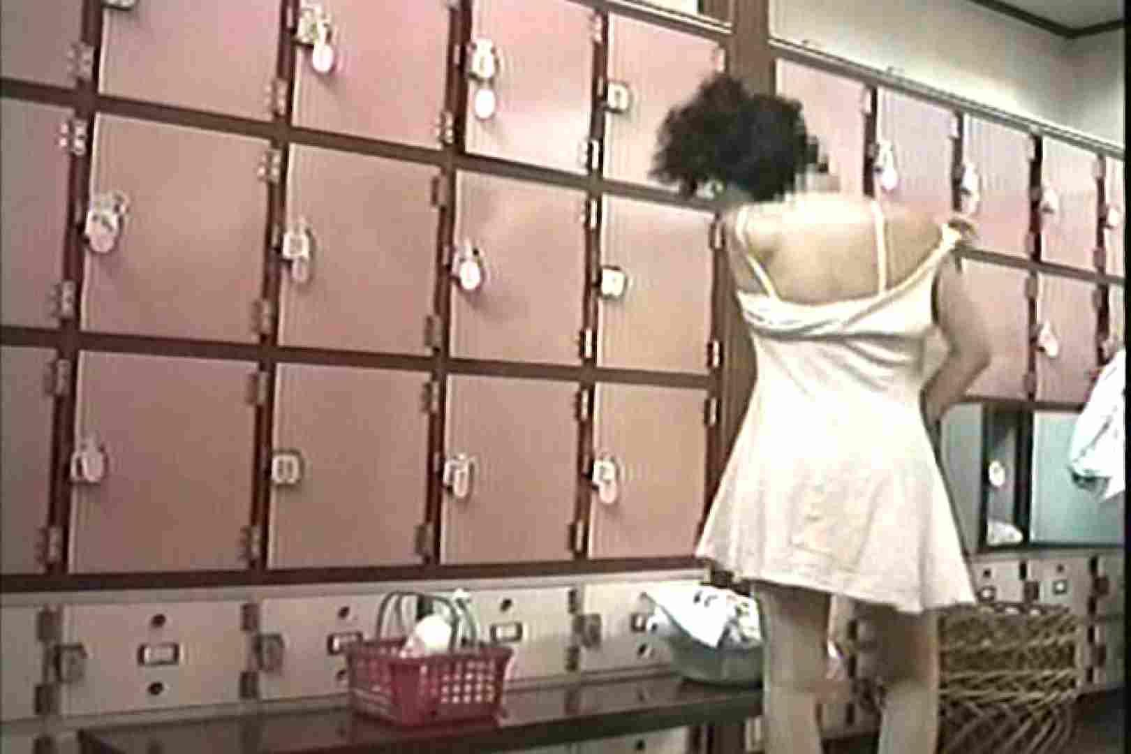 女性だからここまで撮れた 脱衣所盗撮 TK-96 女子風呂  55枚 13