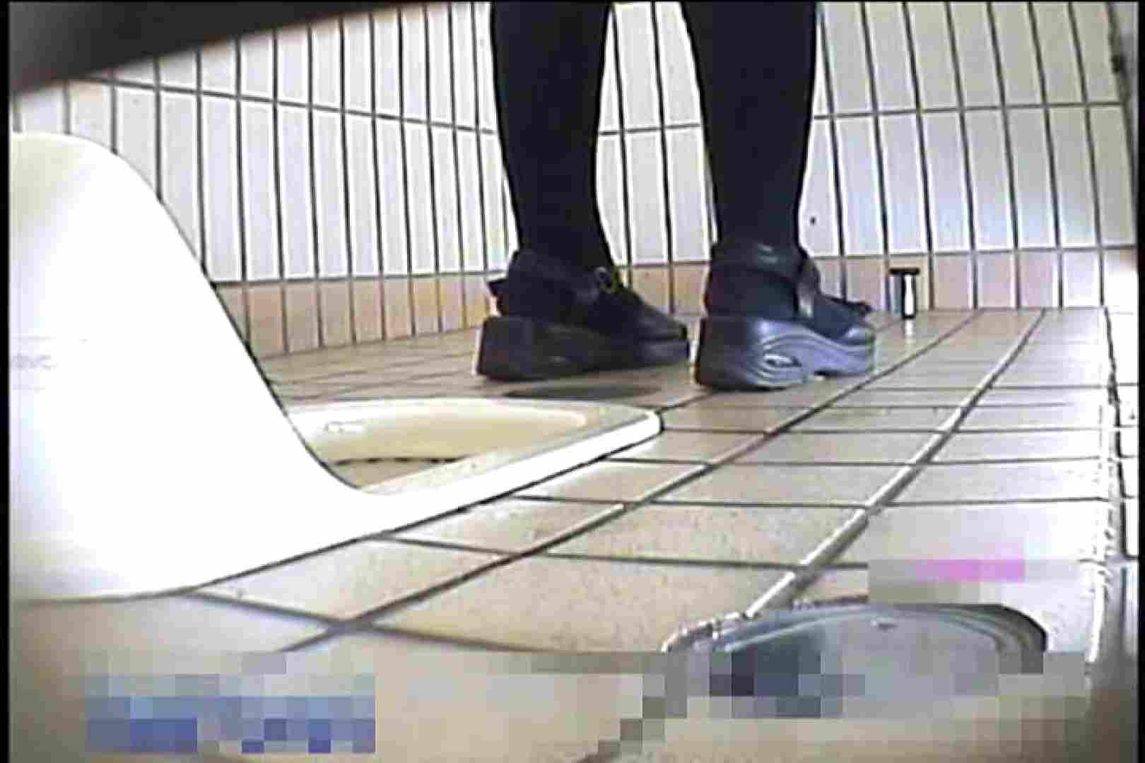 2点盗撮洗面所潜入レポートVol.6 フリーハンド  103枚 100