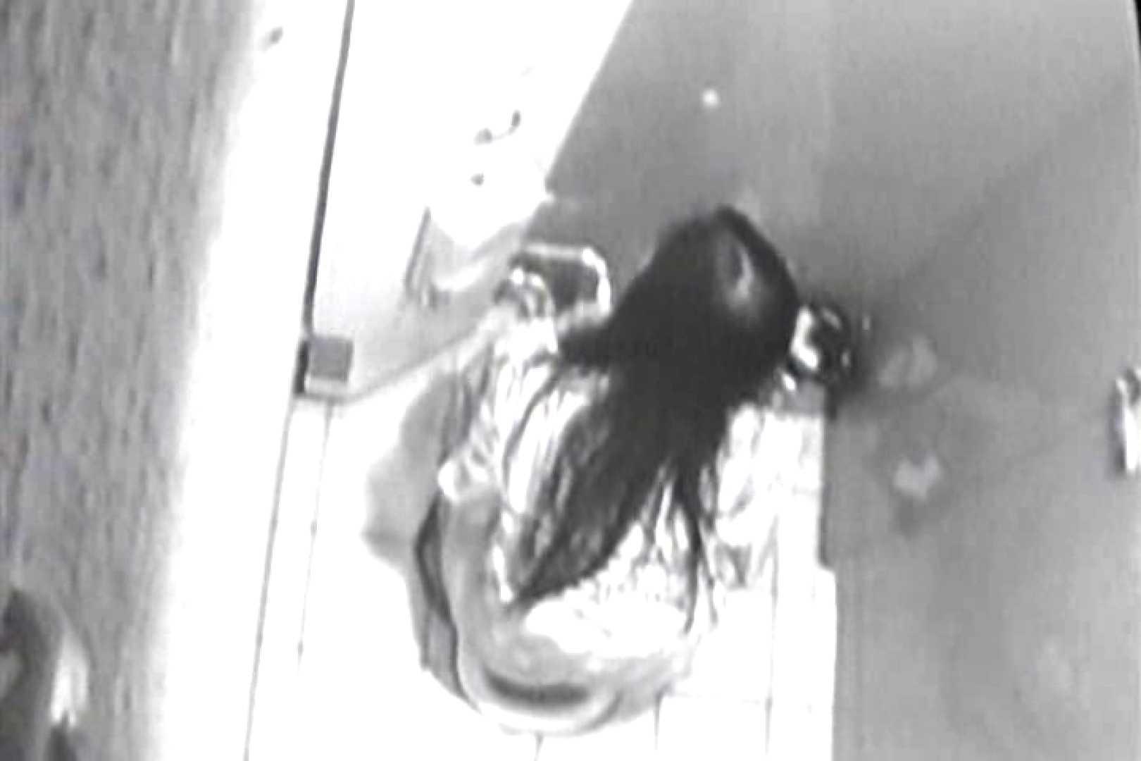 投稿盗撮 女子洗面所上から下から後ろから  TK-108