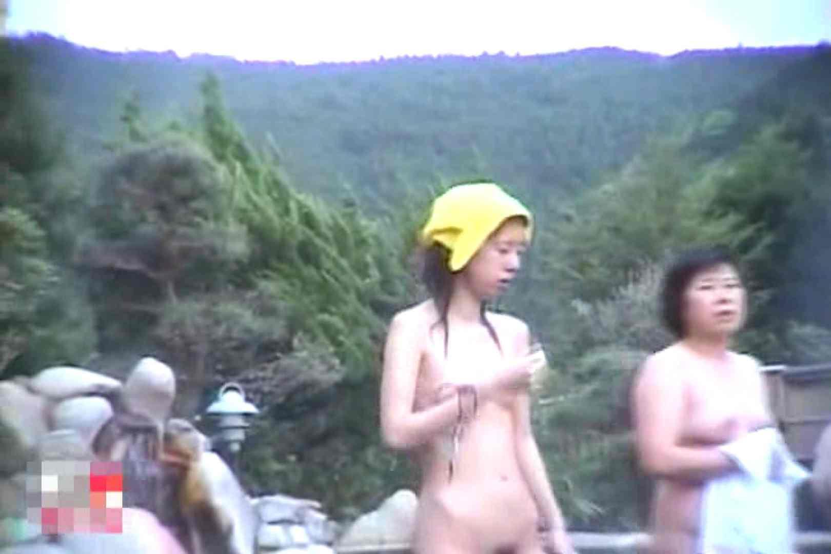 女体舞う 女体接写森林浴場Vol.1