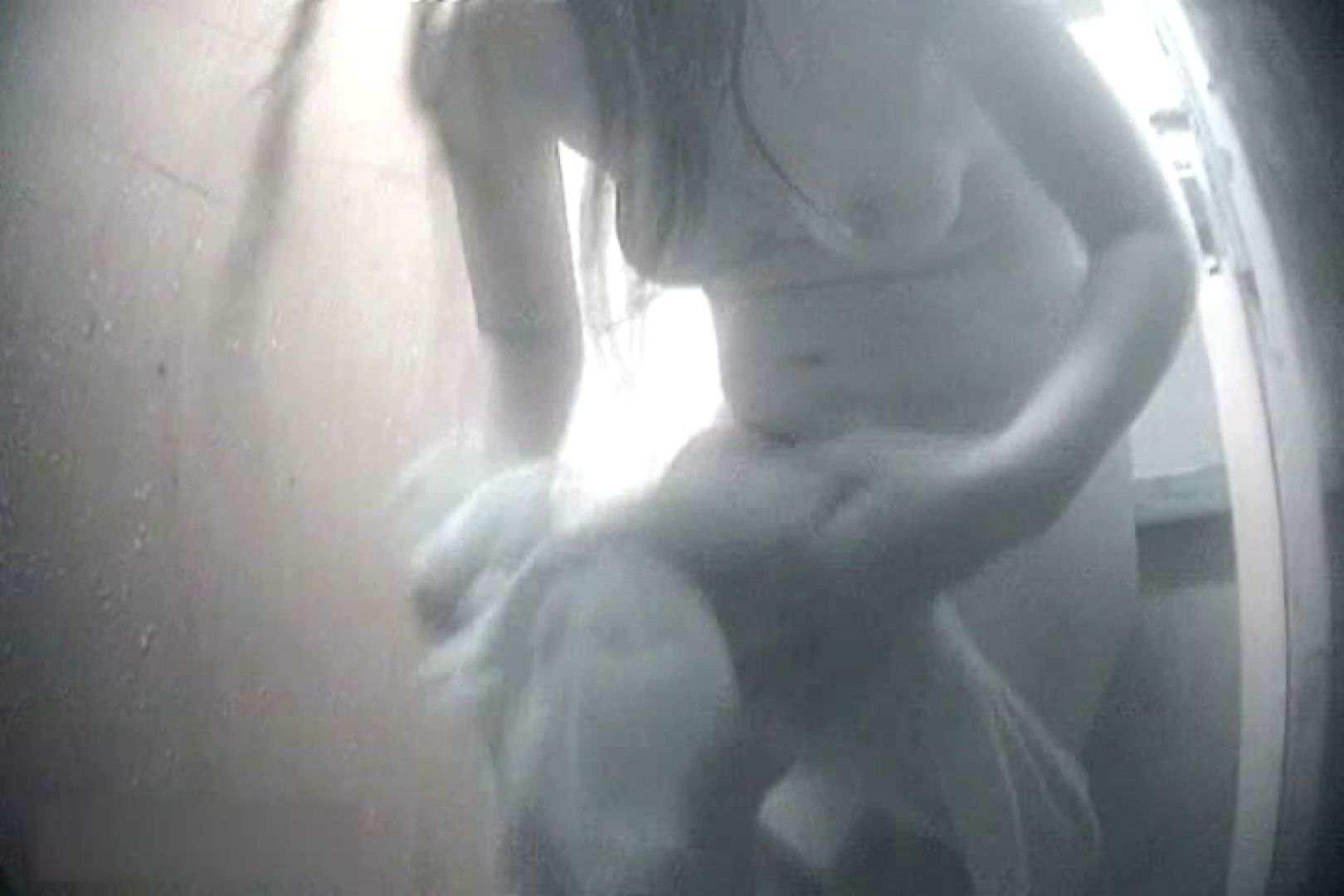 夏海シャワー室!ベトベトお肌をサラサラに!VOL.11 脱衣所  72枚 28